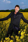 Stewart Francis - Outstanding In His Field archive